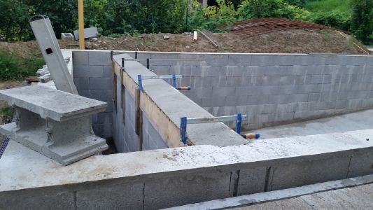 Construire son jacuzzi en beton id e for Construction piscine forum