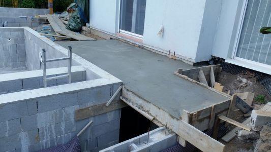 Autoconstruction piscine d bordement 7 6 x 4 sous abri for Local technique piscine toit plat