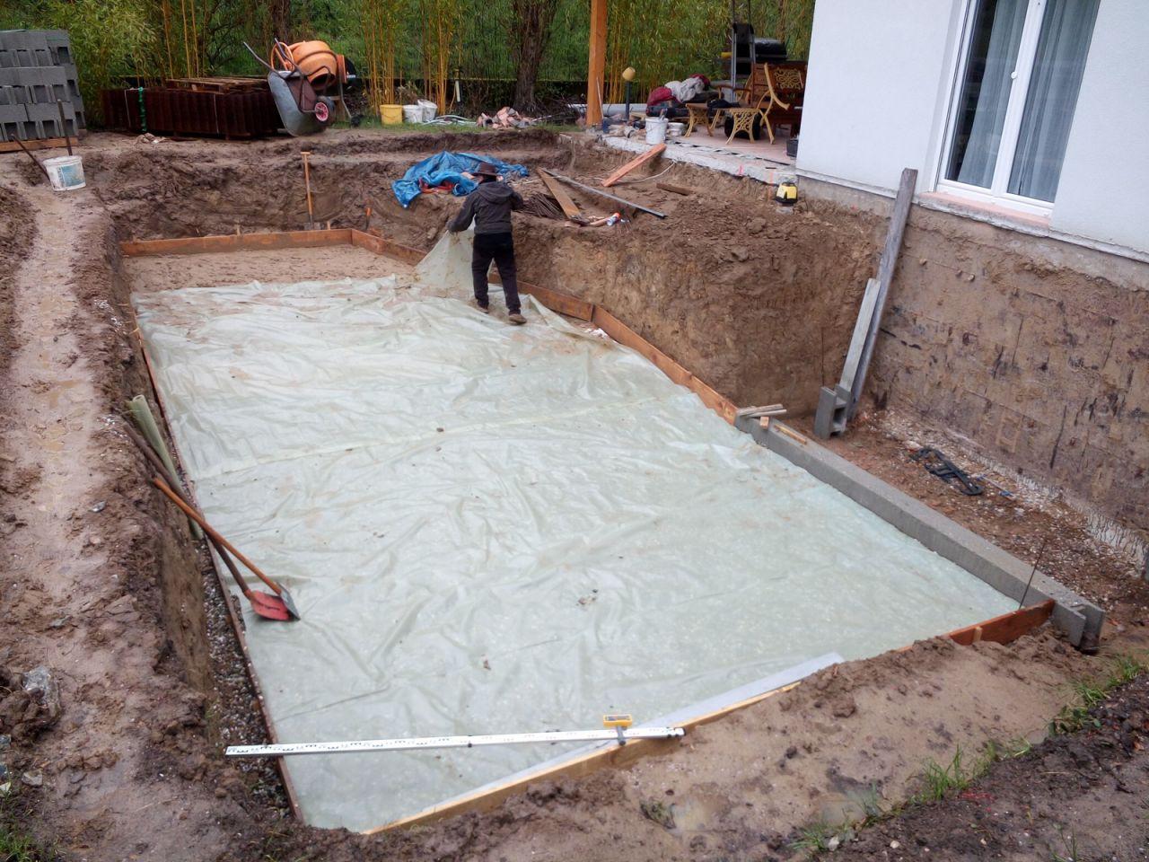 Pose dalle piscine affordable le service pose montage - Dalle sous piscine hors sol ...