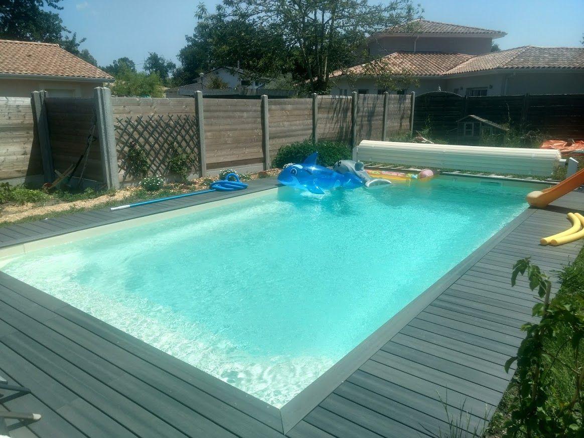 Sens de pose lames terrasse bois pour plage de pisicne 16 for Bord de piscine en bois