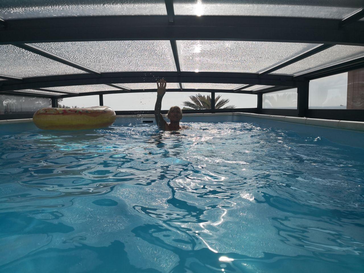 Abri bas et nage tt à fait possible !