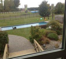 Cette piscine ressemble à celle que je veux