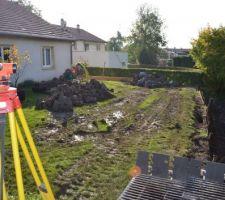 Le mur sera implanté le long de la ficelle, nous gagnons près de 30 m2 de terrain