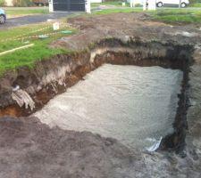 Piscine coque dans les landes les photos de la piscine for Piscine coque 8x4m