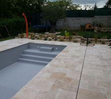 piscine familiale cleverpool les photos de la piscine. Black Bedroom Furniture Sets. Home Design Ideas