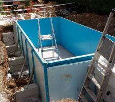 Montage des plots pour la terrasse