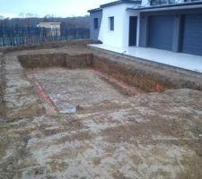 Piscine creusée, terrasse creusée