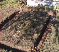 Préparation des fondations pour la construction du local technique.