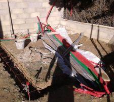 Préparation des VRD sous la dalle du pool house.