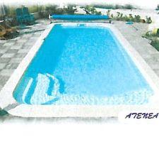 Modèle Atenea  de chez Astila (GA Piscine), 8m50 par 3m50 - prof. 0m90-1m67