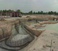 Mai 2004 : Séchage de la dalle de 40cm d'épaisseur