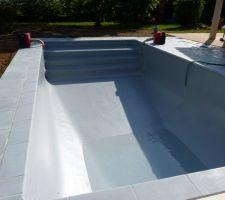 Début du remplissage de la piscine