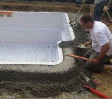 Petite piscine balma 31 les photos de la piscine for Ceinture beton piscine