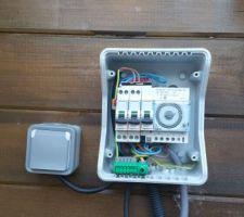 Création du coffret d'alimentation 32A Pour réchauffeur électrique 20A Pour Filtration 10A Pour Lampe piscine et une prise de courant en cas de besoin