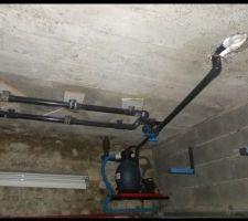 Mise en place du circuit air/bulles, de la bonde de fond et d'une partie des tuyaux