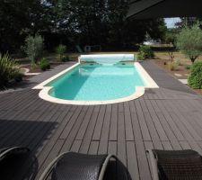 Aménagement tour de piscine