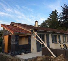 Le toit et la toile anti humidité sont poser