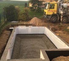 Apres coulage beton murs et radier