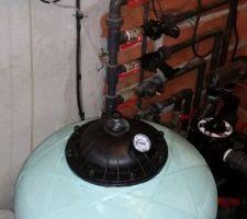 Filtre astral 14 m3  et régulateur de Ph sur ma 2eme piscine