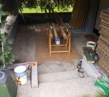 Aménagement sous la terrasse pour l'installation d'un spa