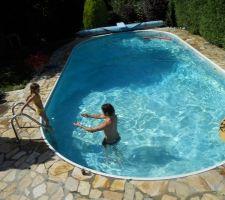 Voici la piscine AVANT rénovations