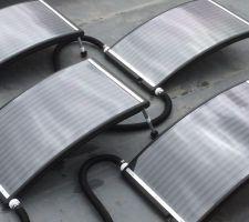 Pose des panneaux solaire hydraulique sur le toit plat de mon local technique