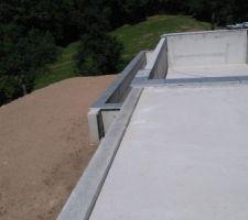 Pose des margelles en pierre Tandur Grey