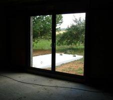 La piscine vue du futur salon
