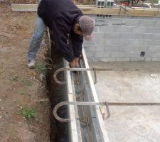 Piscine 10 x 5 avec escalier d'angle petie bain 1.10 m  grand bain 1.80 m