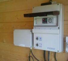 Coffret electrique pour programmation heure filtration et allumage des projecteur