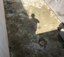 Fond piscine après l'avoir vidée