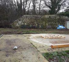 Photo avant, l'emplacement de la future piscine, là où il y avait notre hors sol...