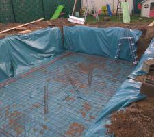 Implantation final des chainage triangulaire sous les murs périphériques et sous les marches et plage