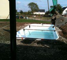 Non non la piscine n'est pas bancale !