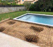 Création d'une terrasse béton avec pieux
