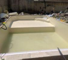 Pose du liner à 3, remplissage avec l'eau du forage chargée d'argile