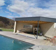 Terrasse bois Ipé + cuisine d'été, avec four a bois