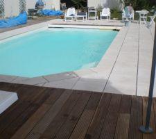 Terrasse bois exotique   dalles posées ( joints pas encore faits)