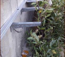 Nouvelle goulotte de récupération de l'eau réaliser avec un chemin de cable de récupération