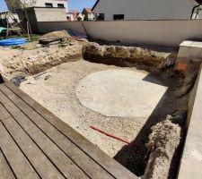 Préparation avant ferraillage de la nouvelle dalle qui recouvrira l'ancienne.