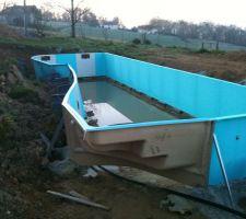 Voici apres 11 mois notre piscine aquilus