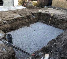 Pose du drainant sans drain (avec puit de décompression quand même)