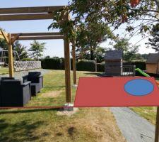 Une terrasse bois, avec une piscine intégrée ?? Pourquoi pas...