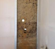 Carottage du mur en bauge (terre crue) de 70 cm d'épaisseur pour desserte de la PAC