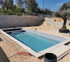 La piscine en eau