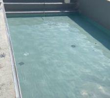 Début du remplissage de la piscine,