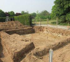 Le 27/04/2011 début terrassement