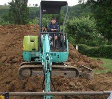 Alex mon fils qui creuse
