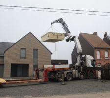 1 tonne et demi au dessus de la maison