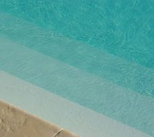 Photos de piscines for Piscine semi enterree 6x4